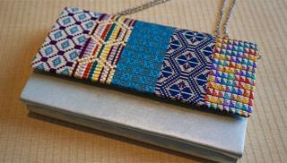 ユネスコ美術教室① 「1200年伝統刺繍・絽刺しで根付け(ストラップ)を作る」