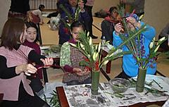 親子で学んで受けつごう 日本の伝統文化『華道』 文化庁伝統文化親子教室事業