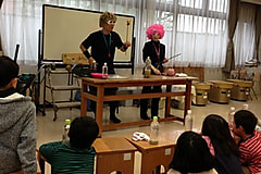 ユネスコ理数教室 Dr.ナダレンジャーの自然災害科学実験教室 液状化のしくみとエッキー工作