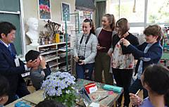 イタリア モンテレッジオ村の学校と五本木小学校との文化交流